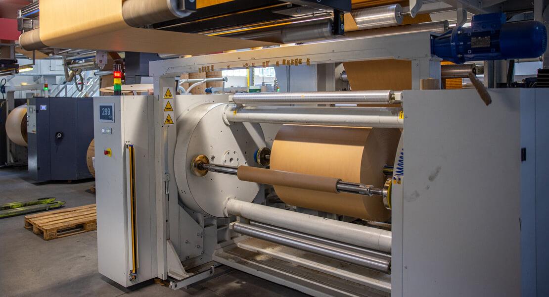 Papiertragetaschen mit gedrehter Papierkorde